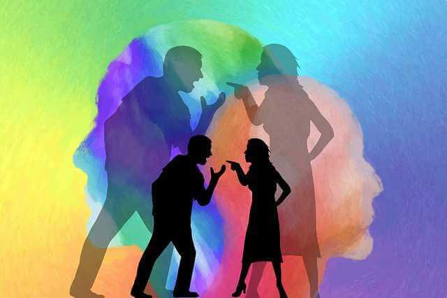 Признание сделки купли-продажи недействительной, спор между мужчиной и женщиной