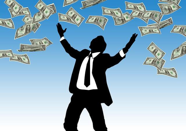 приватизировать квартиру коммерческого найма, деньги падают с неба