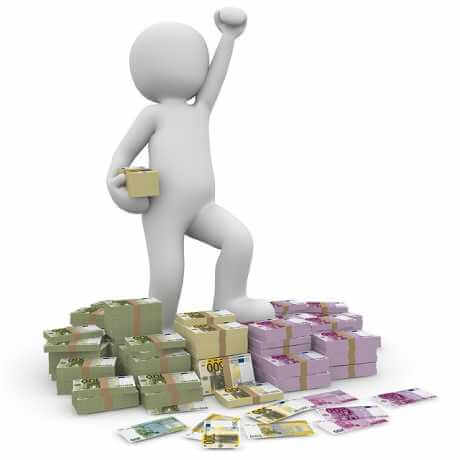Специальный счет на капитальный ремонт многоквартирного дома, человечек стоит на деньгах