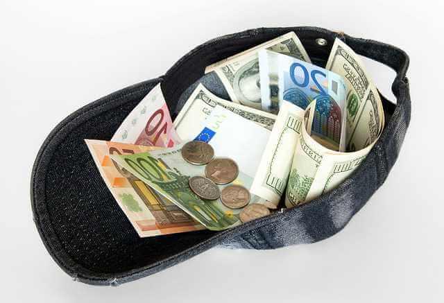 нужно ли платить  ОДН, кепка с деньгами