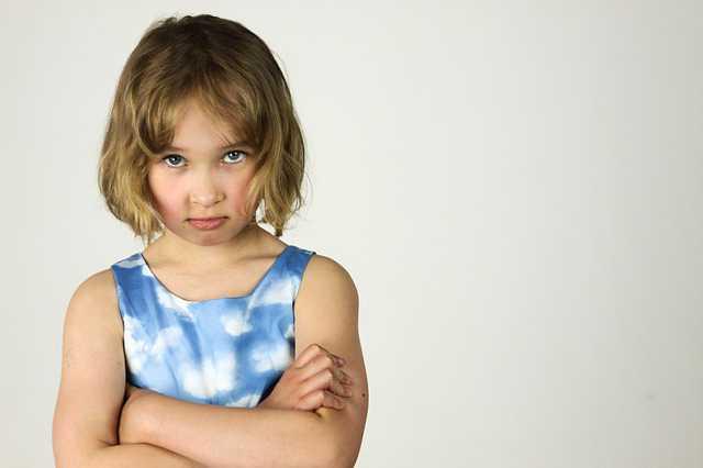 Лишение родительских прав матери,ребенок стоит обидевшись