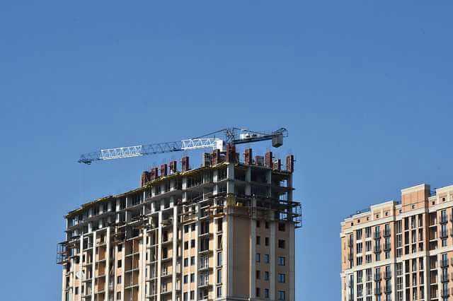 Субсидирование ипотечной ставки, строящийся многоэтажный дом