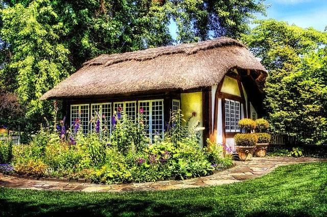 Альфа-Банк сельская ипотека,домик накрытый соломой
